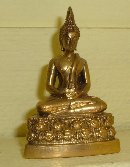 Product : Buddha statue made of gilded bronze was purchased by our customers with the article above.